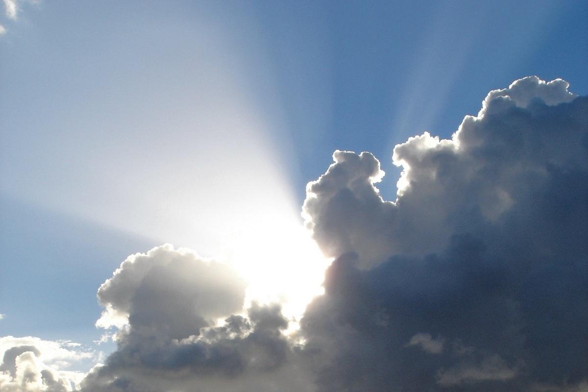 sun-in-clouds_cropped