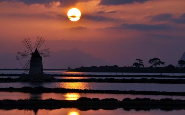 sunrise+windmill