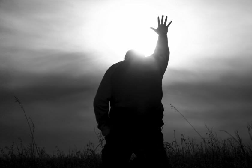 worship pray kneel