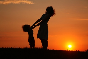 mother-and-child-sunset